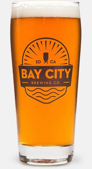 https://baycitybrewingco.com/wp-content/uploads/2020/01/xsbay_city_bbaycity_vienna_glass-1.jpg